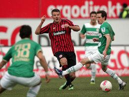 Frankfurts Meier erzielte für die Eintracht das dritte Tor in Fürth.
