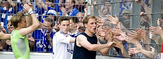Es darf gefeiert werden: Schalke winkt in der kommenden Saison die Königsklasse.