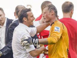 Weinzierl und Keeper Manninger