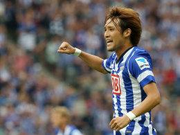 Hajime Hosogai jubelt gegen Frankfurt