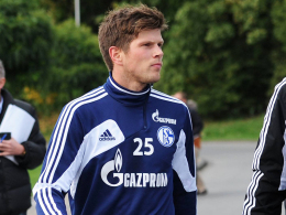 Fliegt er mit ins Trainingslager? Schalkes leidgeprüfter Angreifer Klaas Jan Huntelaar.