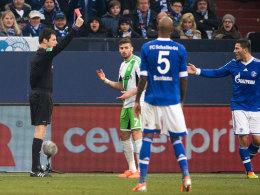 Daniel Caligiuri sieht auf Schalke Rot