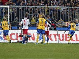 Einschlag beim HSV: Kumbela trifft zum 2:1.