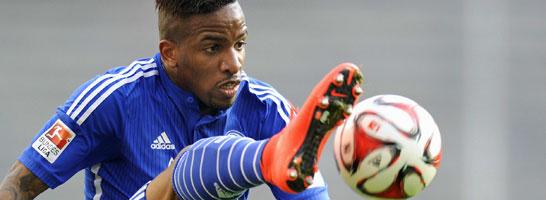 Ab in die Wüste: Schalkes Jefferson Farfan geht für Al-Jazira auf Torejagd.