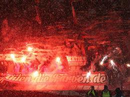 Teures Schauspiel: Mainz wird wegen abgebrannter Pyrotechnik seiner Fans zur Kasse gebeten.
