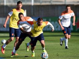 Rafael van der Vaart fühlt sich bei der niederländischen Nationalmannschaft - weit weg vom HSV - richtig wohl.