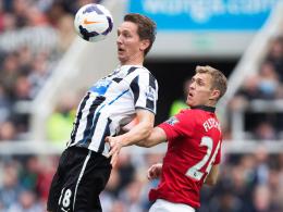 Zurück in die Heimat? Luuk de Jong, links gegen Manchester Uniteds Fletcher, hat Eindhovens Interesse geweckt.