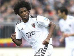 Aufstieg in die Bundesliga? Der Brasilianer Caiuby, derzeit beim FC Ingolstadt in Diensten, steht in Augsburg hoch im Kurs.