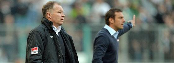 Basteln an einem schlagkräftigen Kader: Geschäftsführer Stefan Reuter (li.) und Trainer Markus Weinzierl.