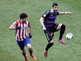 Stefan Mitrovic und Diego Costa