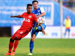 Für das neuformierte brasilianische Olympia-Team nominiert: Leverkusens Neuzugang Wendell, links gegen Wuppertal.
