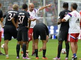 Wen hat Pep Guardiola für das Spiel in Dortmund auf dem Zettel?