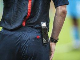 Das Freistoßspray wird auch in der Bundesliga zu den festen Utensilien eines Schiedsrichters gehören.