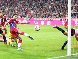 Doppelpack: Bayerns Weltmeister Mario Götze traf zweimal beim 4:0 gegen Paderborn.