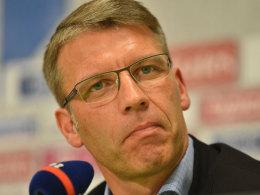 Kn�bels Einstieg beim HSV: