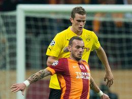 Sven Bender und Wesley Sneijder