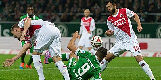 Hat sich in der FC-Innenverteidigung festgebissen: Mergim Mavraj (re.), hier gegen Werders di Santo.