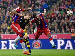 Reus trifft zum 1:0 für den BVB.