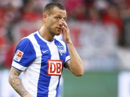 Sein Ausfall ist nun definitiv: Herthas Angreifer Julian Schieber muss in Paderborn passen.