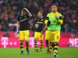 Enttäuschte Dortmunder nach dem Schlusspfiff in München