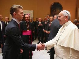 Auch Mitchell Weiser durfte jüngst Papst Franziskus die Hand schütteln