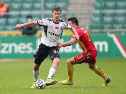 Heiß begehrt: Am 17-jährigen Krystian Bielik (li.) sind der HSV und auch Arsenal interessiert.