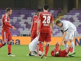 Lewis Holtby verletzt am Boden