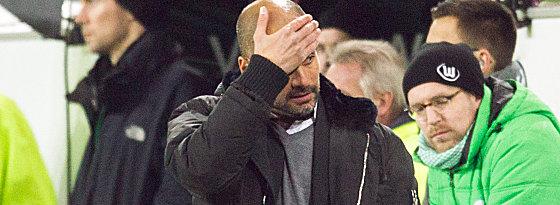 Kann es nicht fassen: FCB-Trainer Pep Guardiola.
