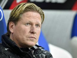 Blick nach oben, aber ohne Rechnerei: Hoffenheims Trainer Markus Gisdol.