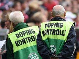 Doping-Kontrolleure in der M�nchner WM-Arena