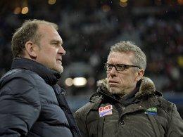 Will keine Verunsicherung im Verein: Kölns Manager Jörg Schmadtke (li., mit Trainer Peter Stöger).