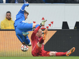 Jaroslav Drobny foult Sven Schipplock