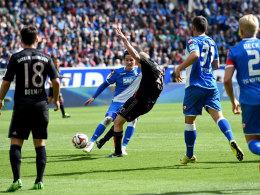 Perfekte Technik: Bayerns Rode erzielt per Schlenzer das 1:0.