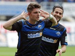 Stoppelkamp jubelt über das 2:0 für Paderborn.