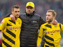 Nicht nur Trainer Jürgen Klopp hört beim BVB auf: Sebastian Kehl (li.) macht seinen Platz im Mittelfeld frei.