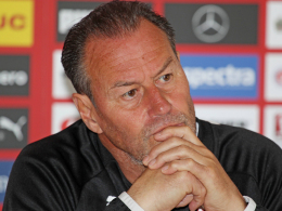 Jedes Spiel ist ihm wichtig: Stuttgarts Trainer Huub Stevens.