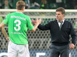 Setzt Dieter Hecking (re.) wieder auf Nicklas Bendtner?