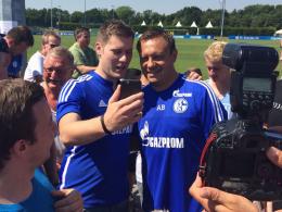 Viel gefragter Mann beim Auftakt: Schalkes Trainer André Breitenreiter (re.).
