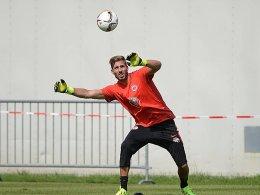 W�hrend Kevin Trapp noch mit der Eintracht trainiert, wird in Paris �ber seinen Wechsel verhandelt.