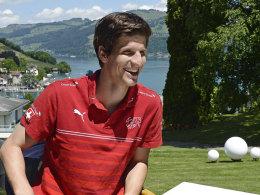Hat beste Laune und bekam ein Lob von Dieter Hecking: Wolfsburgs Timm Klose.