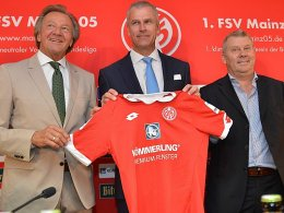 Partner: FSV-Präsident Harald Strutz, Dr. Peter Mrosik und Dag Heydecker (v.li.).