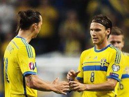 Zlatan Ibrahimovic, Albin Ekdal (re.)
