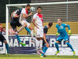 Mainz 05 zu anfällig bei Standards: Monacos Kurzawa köpft zum 4:1 ein.