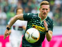 Das Pokalspiel bei St. Pauli im Blick: Gladbachs Angreifer André Hahn bastelt am Comeback.