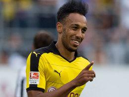 Der umworbene Angreifer Pierre-Emerick Aubameyang hat seinen Kontrakt beim BVB vorzeitig verlängert.