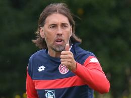 """""""Es wird nicht mehr so einfach sein, auf dem Platz oder im Kader zu sein"""", sagt Mainz' Trainer Martin Schmidt."""