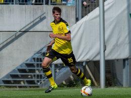 """Gemäß David Wagner, Trainer der BVB-Amateure, ist Pascal Stenzel """"ein hochinteressanter Spieler""""."""