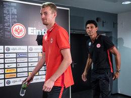 Lukas Hradecky (hier mit Bruno Hübner)