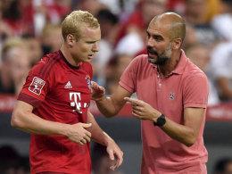 Sebastian Rode und Pep Guardiola