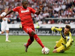 VfB-Keeper Przemyslaw Tyton gegen Anthony Modeste
